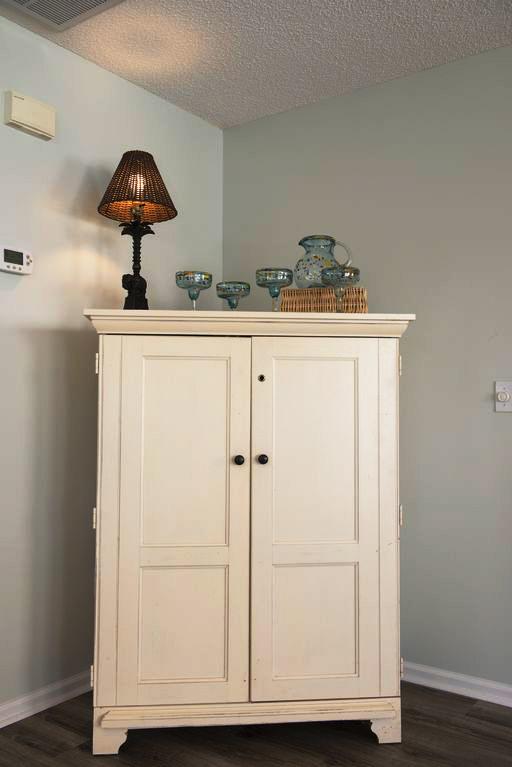 Delphi Cottage bedroom dresser