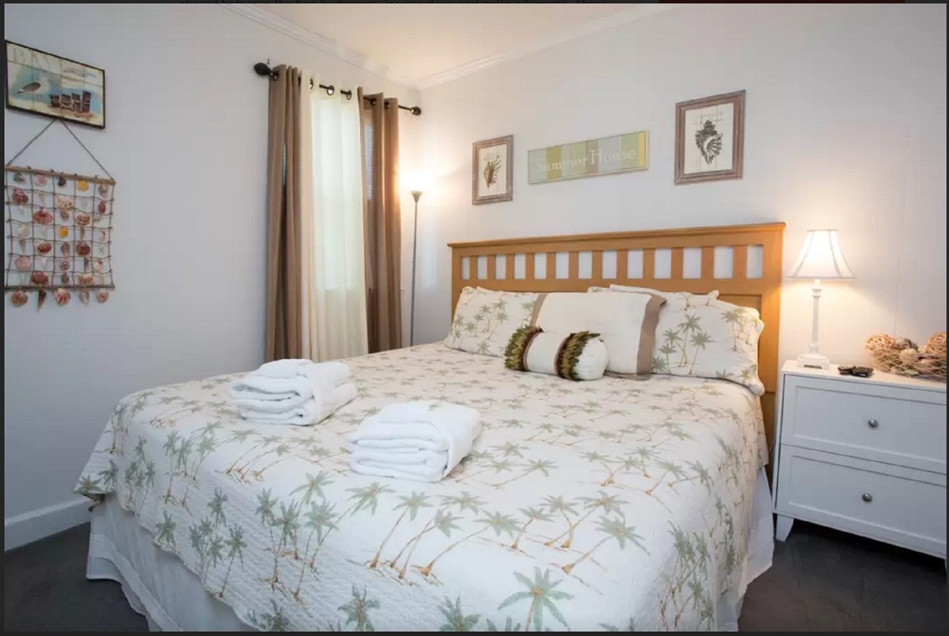 The 2nd spacious, comfortable king size bed, suitable for a couple or their kids
