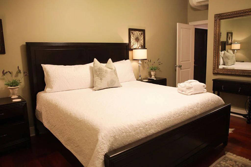Savannah Loft bed with white comforter.