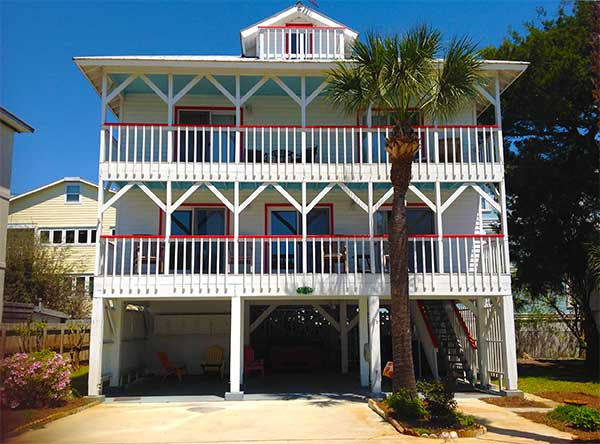 Two story cottage rental located on Tybee Island